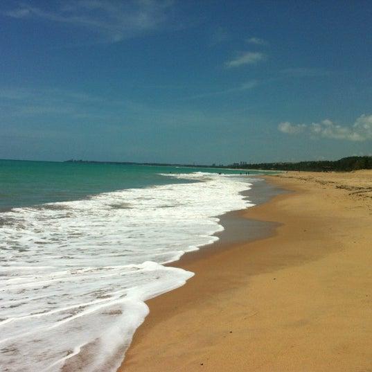 รูปภาพถ่ายที่ Praia de Guaxuma โดย Pompeu N. เมื่อ 11/20/2012