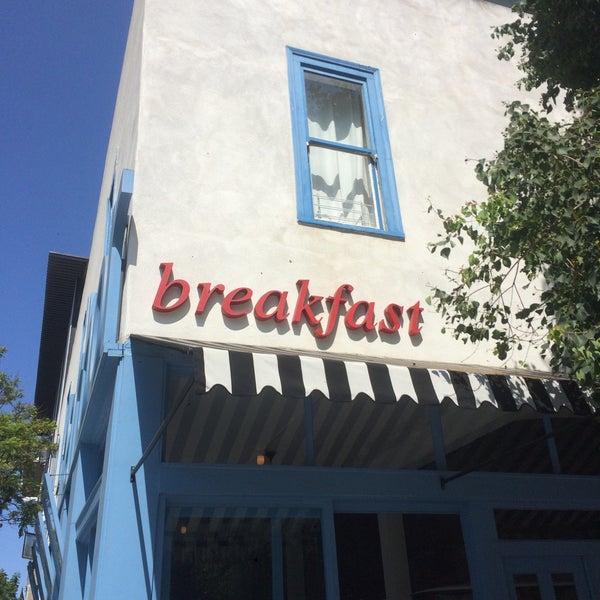 รูปภาพถ่ายที่ Harbor Breakfast โดย Катя С. เมื่อ 8/2/2016