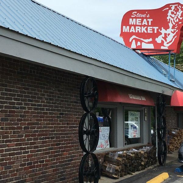 Steve 39 s meat market de soto ks for Steve s garden market