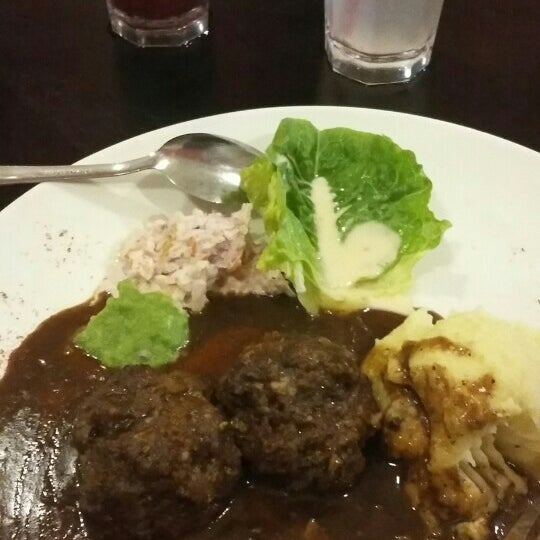 Photo taken at Brotherhood Western&Grill by Nurul A. on 11/13/2015