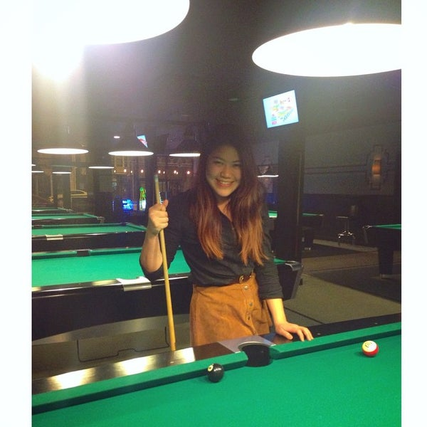Photo taken at Pressure Billiards & Cafe by Ammy C. on 3/20/2015