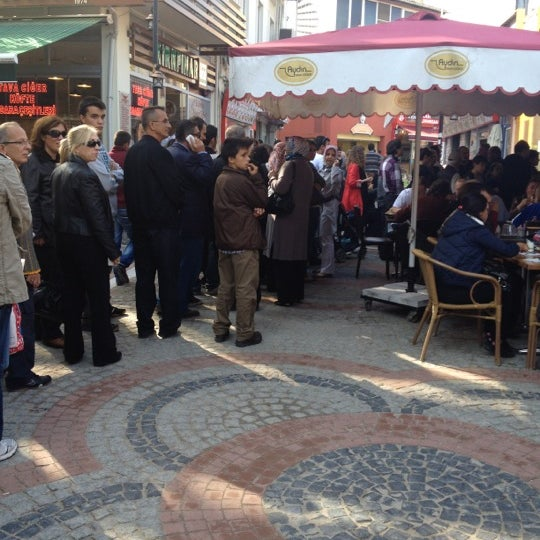10/26/2012 tarihinde Pınar Ö.ziyaretçi tarafından Aydın Tava Ciğer'de çekilen fotoğraf