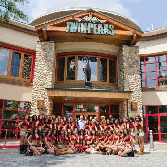 Twin Peaks Restaurant Northwest Side 12790 W Interstate 10