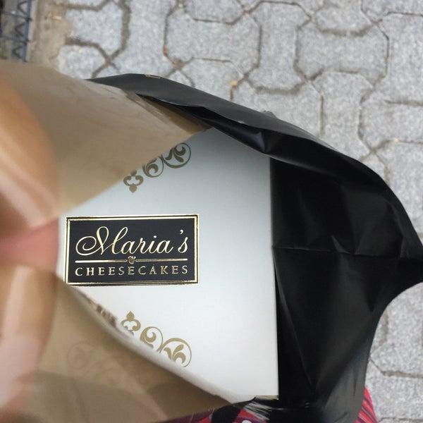 10/17/2016 tarihinde E.ziyaretçi tarafından Maria's Cheesecakes'de çekilen fotoğraf