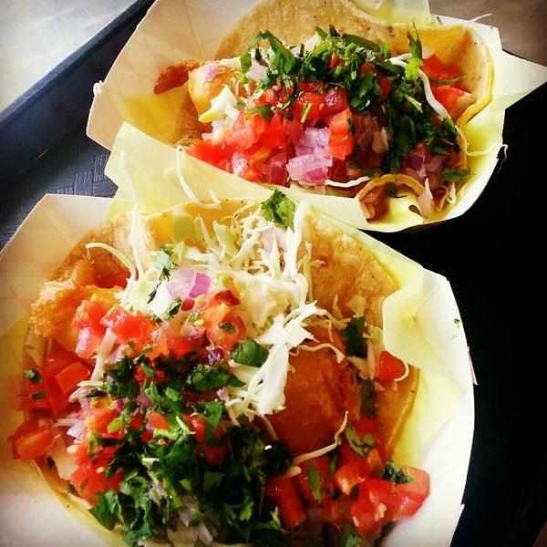 Oscar 39 s mexican seafood pacific beach san diego ca for Oscars fish tacos san diego