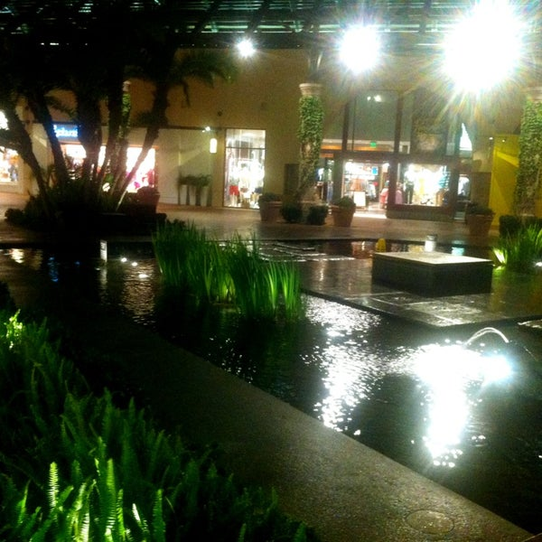 Photo taken at Fashion Island by Xue Xin T. on 2/20/2013