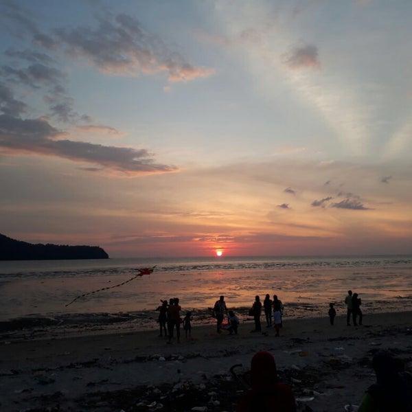 Photo taken at Tanjung Dawai by モハマドフアド e. on 1/30/2017
