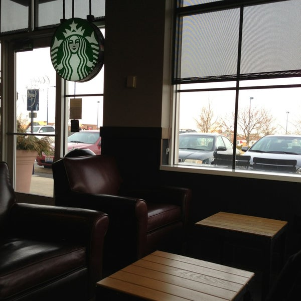 Photo taken at Starbucks by Kevin D. on 3/15/2013