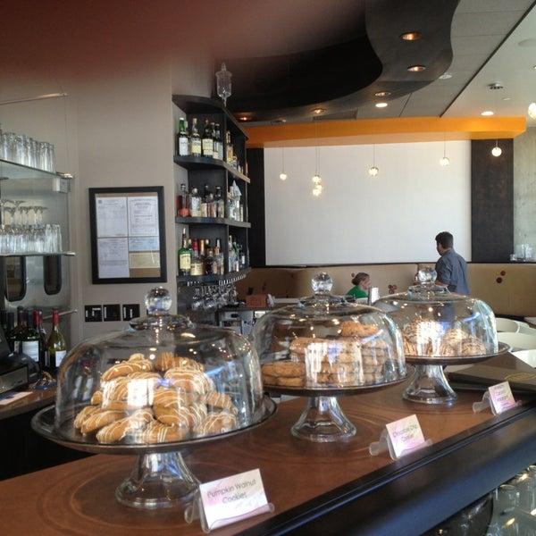 Photo taken at Crave Dessert Bar & Lounge by Tim J. on 9/8/2013
