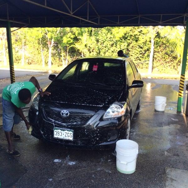 La Cienega Hand Car Wash
