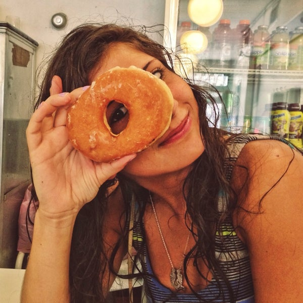 Photo taken at Peter Pan Donut & Pastry Shop by Ben 💯 B. on 7/22/2013