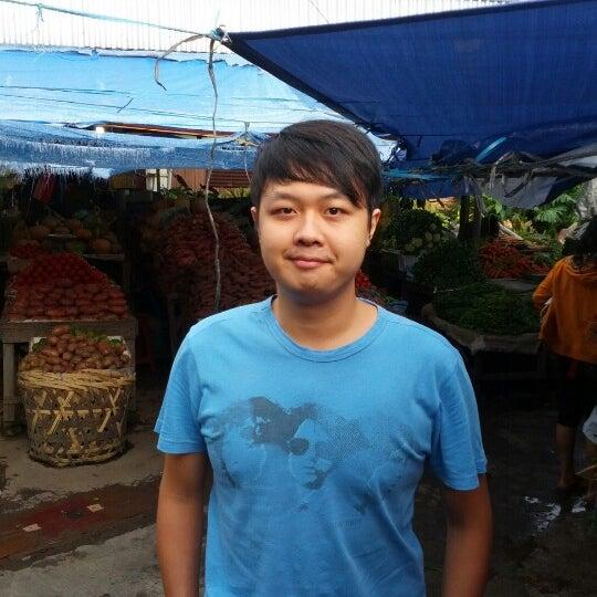 Photo taken at Pasar kaget berastagi by Heryanto H. on 2/16/2013