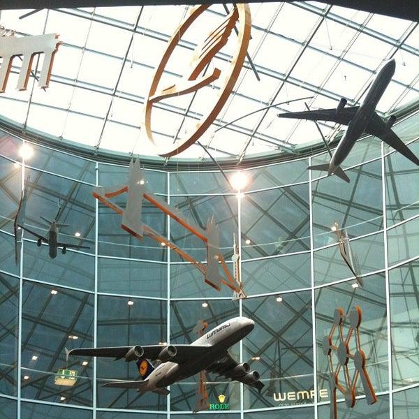 Das Foto wurde bei Frankfurt Airport (FRA) von RicoBel am 7/12/2013 aufgenommen