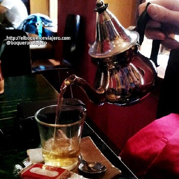 5/26/2013 tarihinde Rusko E.ziyaretçi tarafından Café con Libros'de çekilen fotoğraf