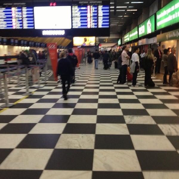 Снимок сделан в Международный аэропорт Конгоньяс/Сан-Паулу (CGH) пользователем Douglas C. 6/21/2013