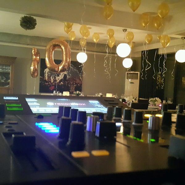 10/6/2016 tarihinde DJ MTS M.ziyaretçi tarafından Mest'de çekilen fotoğraf