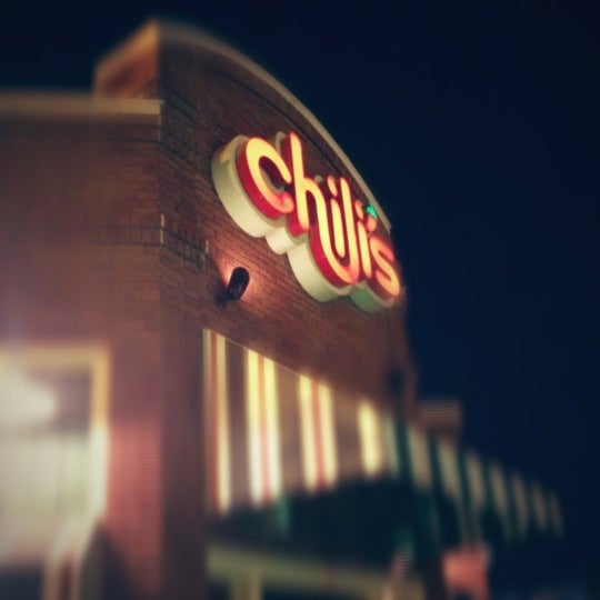Photo taken at Chili's by Aziz A. on 10/14/2012