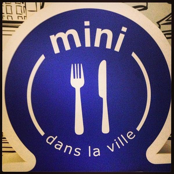 Photo taken at Mini Dans La Ville by 蒙兀ナイト K. on 8/3/2013
