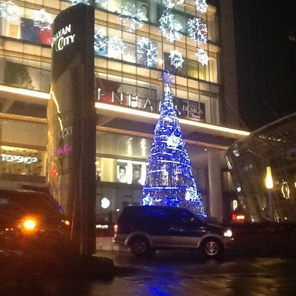 Photo taken at Senayan City by Kgph Samber N. on 12/21/2012