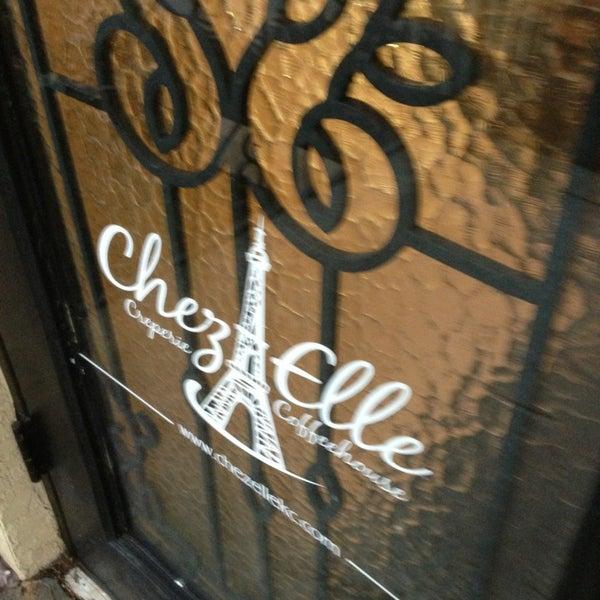 Chez Elle - Downtown Kansas City - 1713 Summit