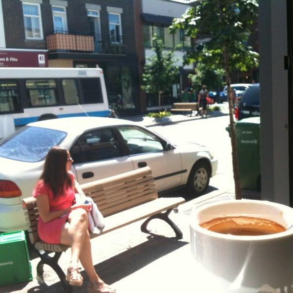 8/6/2013 tarihinde Marie-Pier O.ziyaretçi tarafından Café Lézard'de çekilen fotoğraf