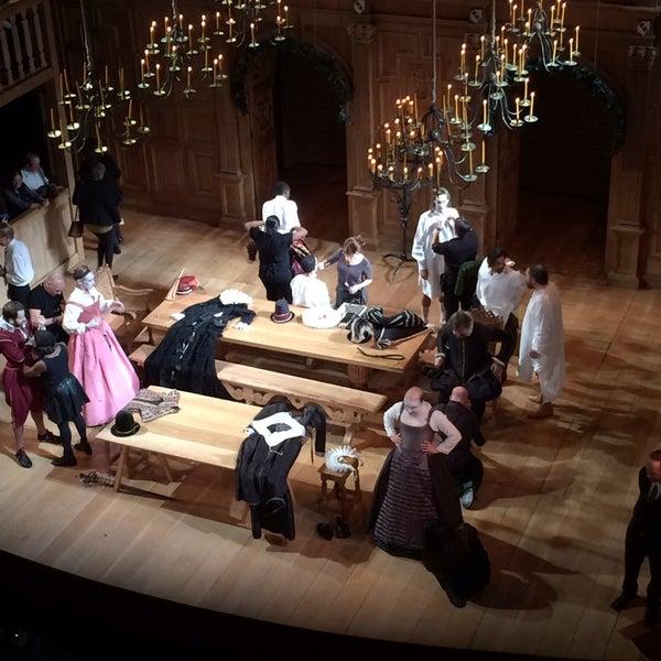 รูปภาพถ่ายที่ Belasco Theatre โดย Laurence H. เมื่อ 11/1/2013