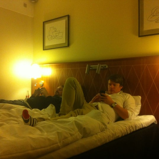 Photo taken at Comfort Hotel Vesterbro by Anton J. on 11/24/2012