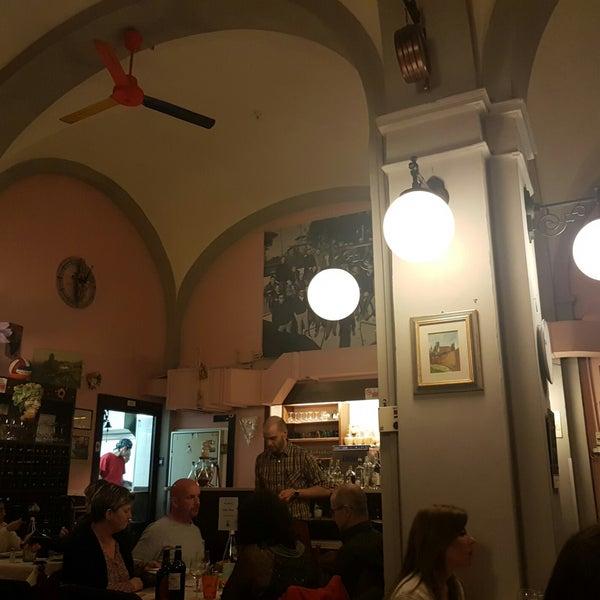 Foto scattata a Osteria De' Pazzi da Matteo B. il 3/29/2018