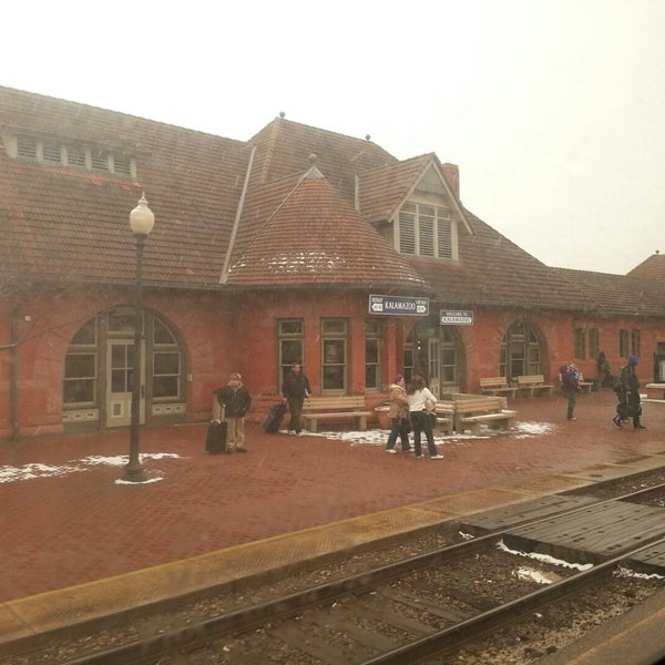 Photo taken at Kalamazoo Transportation Center - Amtrak (KAL) by Johnathan R. on 3/23/2015