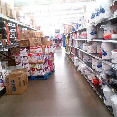 Photo taken at Walmart Supercenter by silky on 7/20/2013