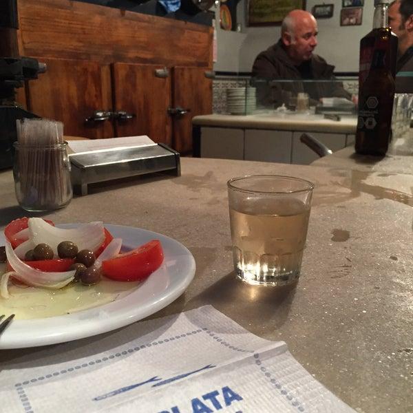 Foto tomada en Bar La Plata por Tsuyoshi M. el 5/4/2015
