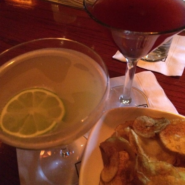 Photo taken at Fleming's Prime Steakhouse & Wine Bar by P Pam P. on 12/24/2013