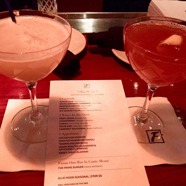 Photo taken at Fleming's Prime Steakhouse & Wine Bar by P Pam P. on 2/12/2015