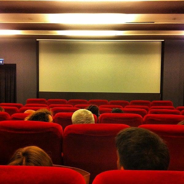 Foto scattata a Cinema Plinius Multisala da Nuno R. il 11/17/2013