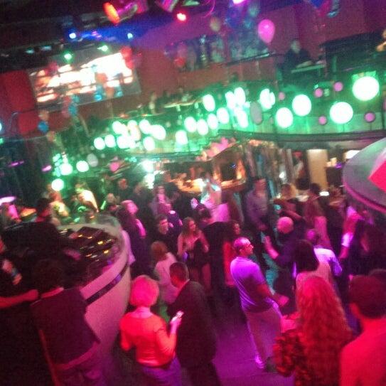 Снимок сделан в Papa's Bar & Grill пользователем don c. 11/17/2013