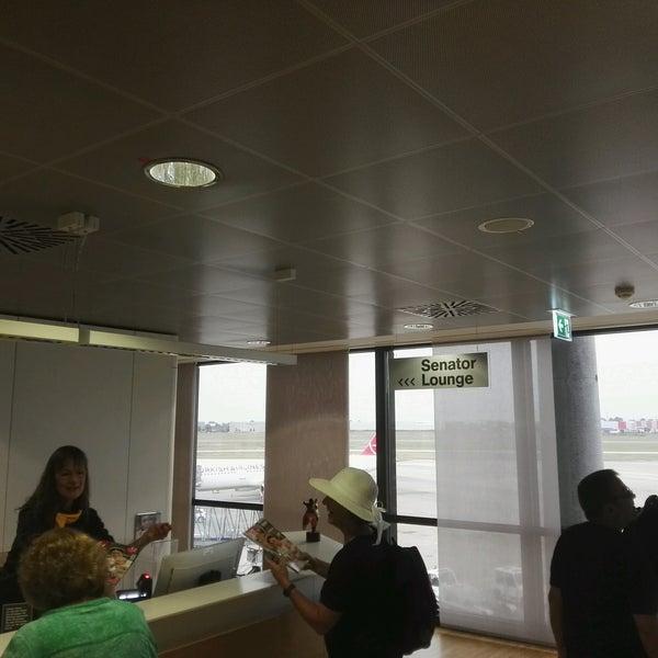 Foto tirada no(a) Lufthansa Senator Lounge por Giorgi S. em 9/16/2016