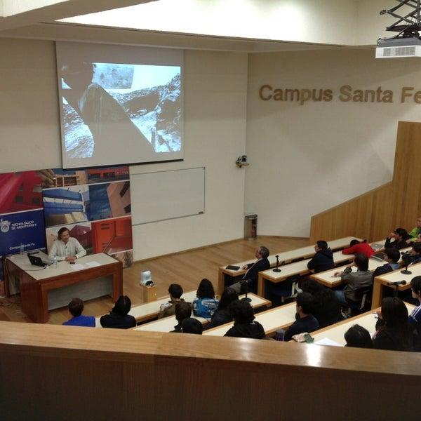 Foto tomada en Tecnológico de Monterrey por Alex C. el 2/15/2013