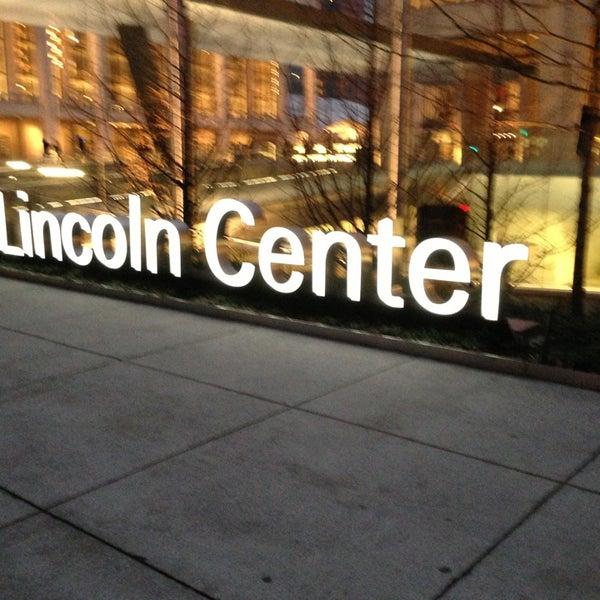 1/12/2013にSteven B.がLincoln Center for the Performing Artsで撮った写真