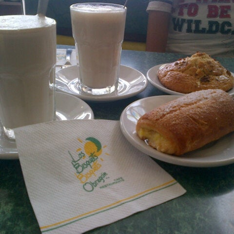 Photo taken at Los Bisquets Bisquets Obregón by Miguel Angel S. on 8/25/2012