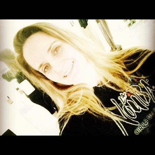 Foto tirada no(a) Praia Mirante da Sereia por Nanda F. em 10/4/2012