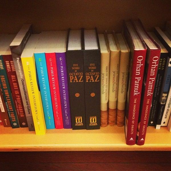 Photo taken at McNally Jackson Books by Ernesto E. on 2/22/2013