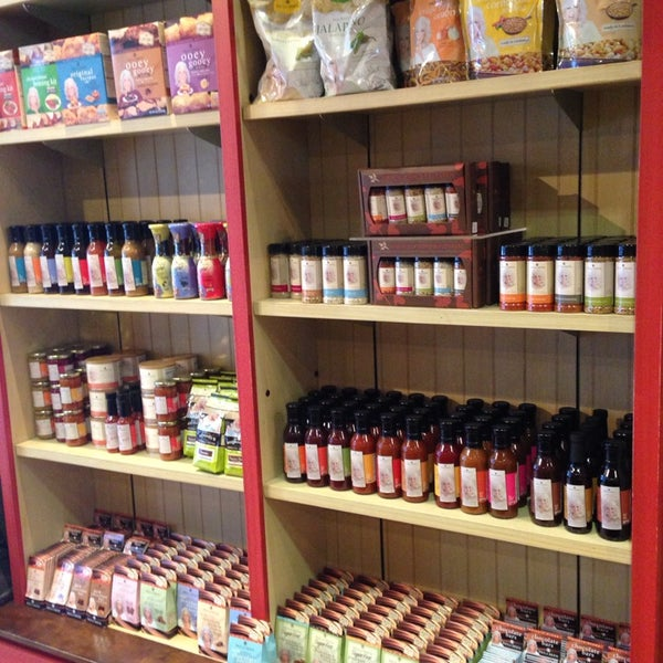Aprons, linens, t-shirts, cookbooks, spices, sauces, utensils, cookware, Xmas ornaments, décor - it's all here! :)