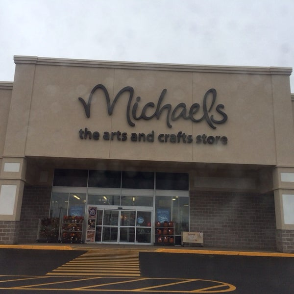 Arts & Crafts Store In New Minas
