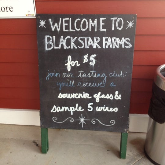 Photo taken at Black Star Farms Suttons Bay by Dee S. on 11/11/2012