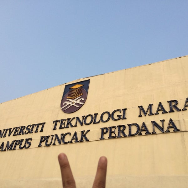 Photo taken at Universiti Teknologi MARA (UiTM) by Farah R. on 4/23/2016