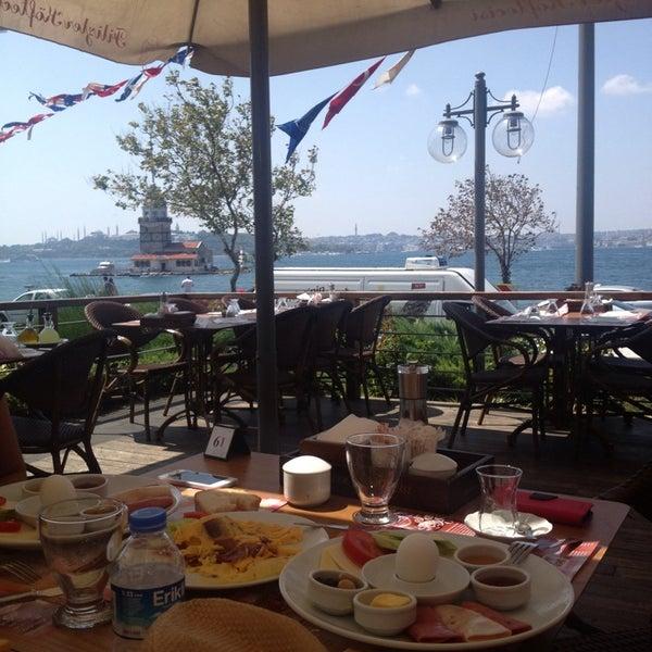8/9/2013 tarihinde Ece Canbolat Ş.ziyaretçi tarafından Filizler Köftecisi'de çekilen fotoğraf