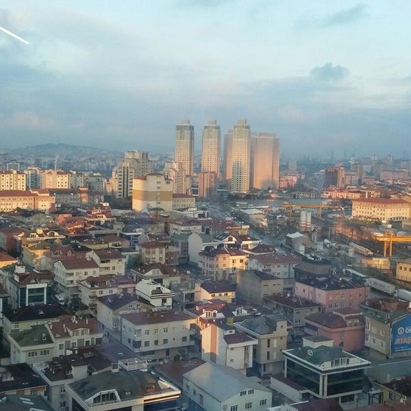 Foto diambil di Silence Hotels Istanbul oleh Ozy pada 12/31/2017