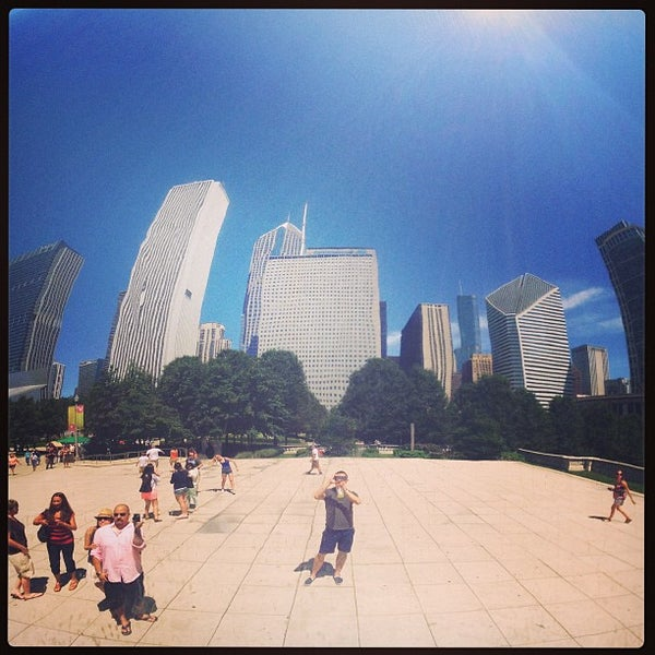 Photo taken at Cloud Gate by Anish Kapoor by Michael L. on 7/12/2013