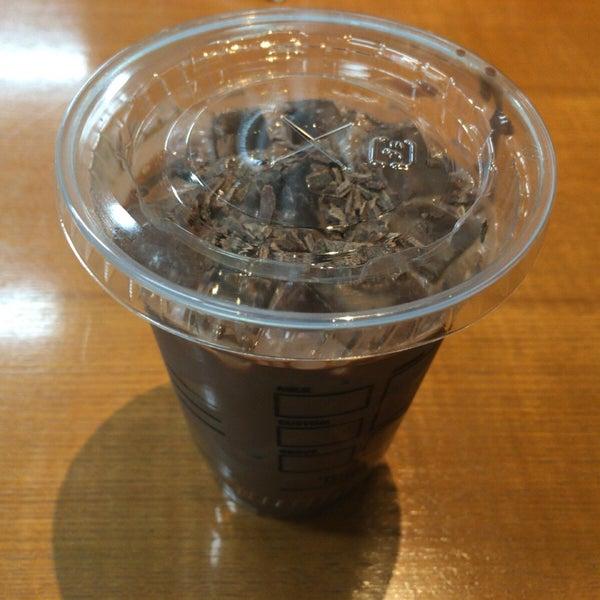 12/28/2015にezoyanagiがTULLY'S COFFEE 京急羽田空港駅店で撮った写真