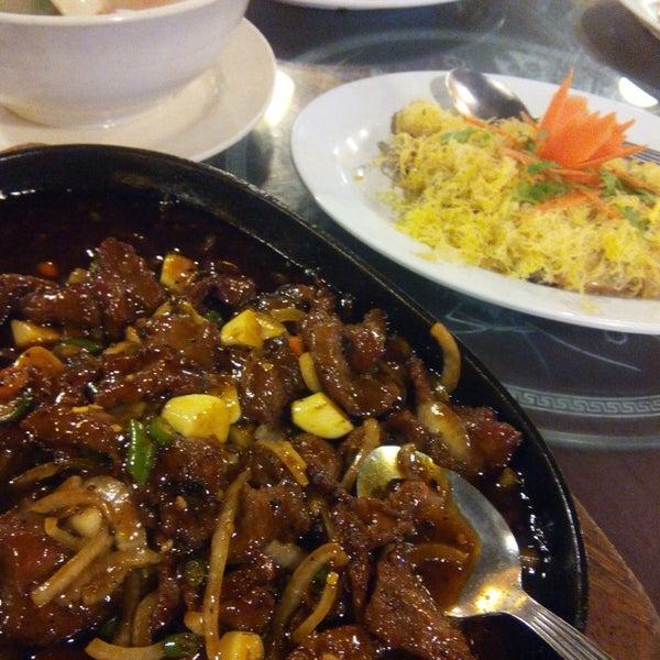 Photo taken at Horizon Garden Restaurant by Faryha Z. on 5/16/2015